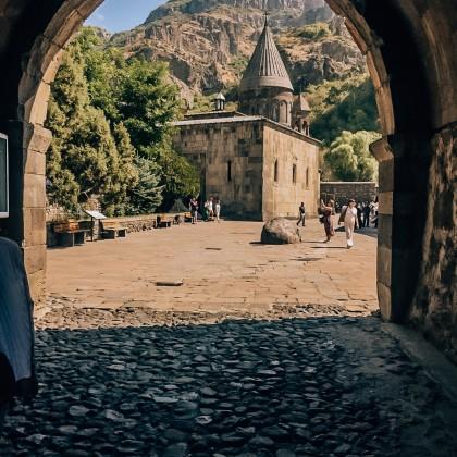 Экскурсия монастырь Гегард